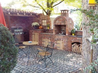 Outdoorküche Mit Holzbackofen : Outdoorküchen