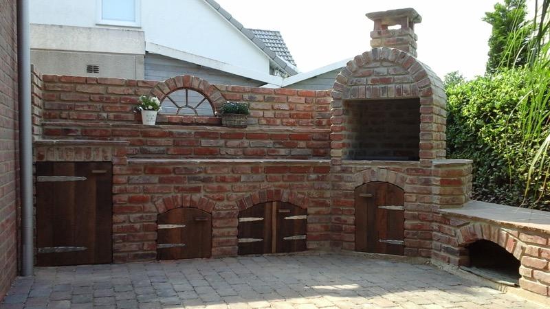 Outdoork che aus alten backsteinen karin urban naturalstyle - Gartengrill stein ...